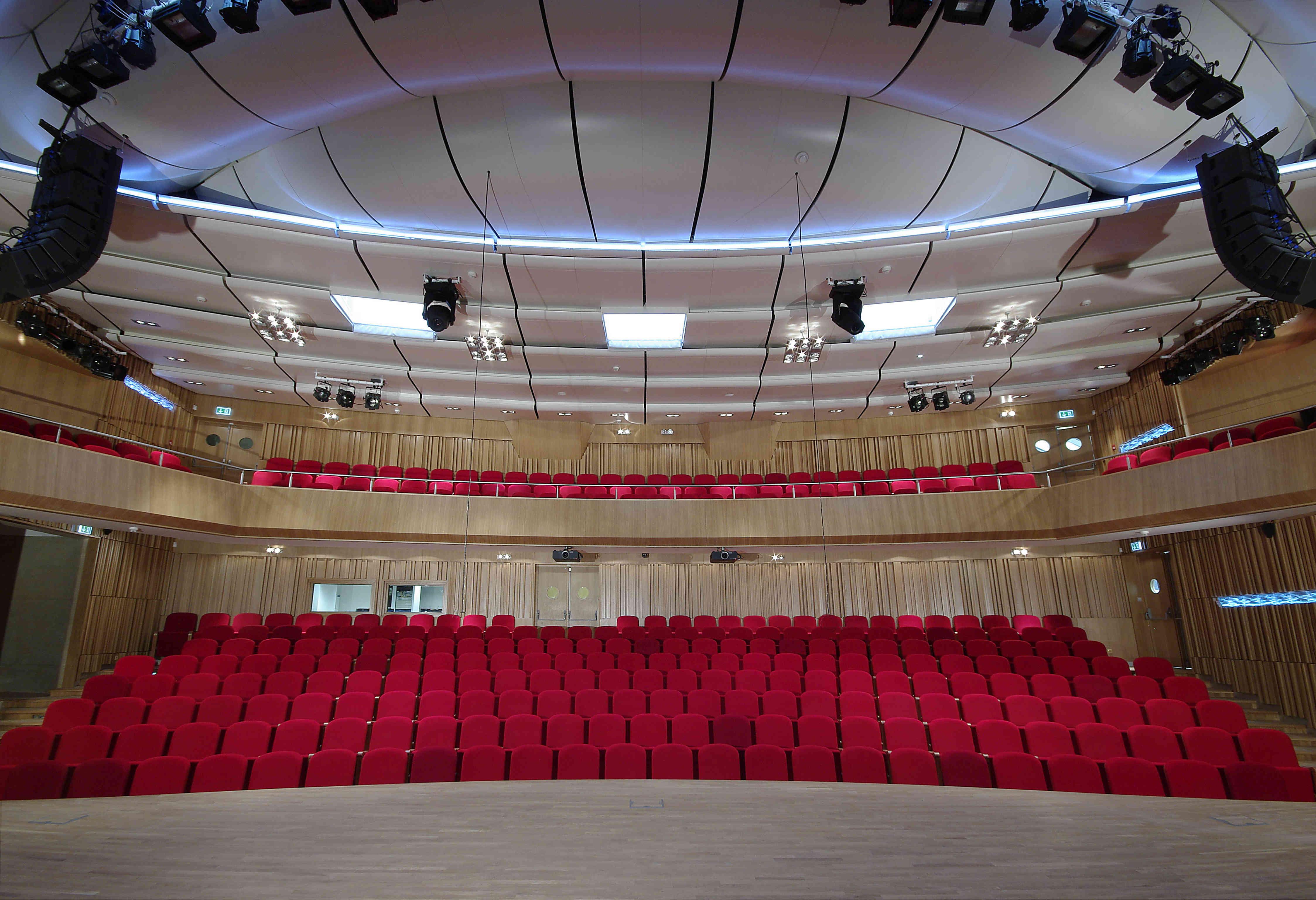 Зал Пражской консерватории