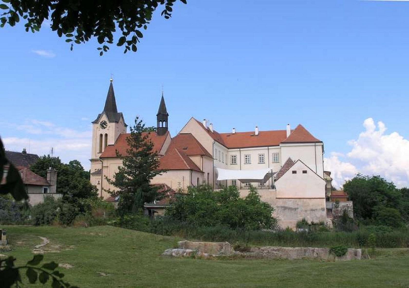 Хвалский замок