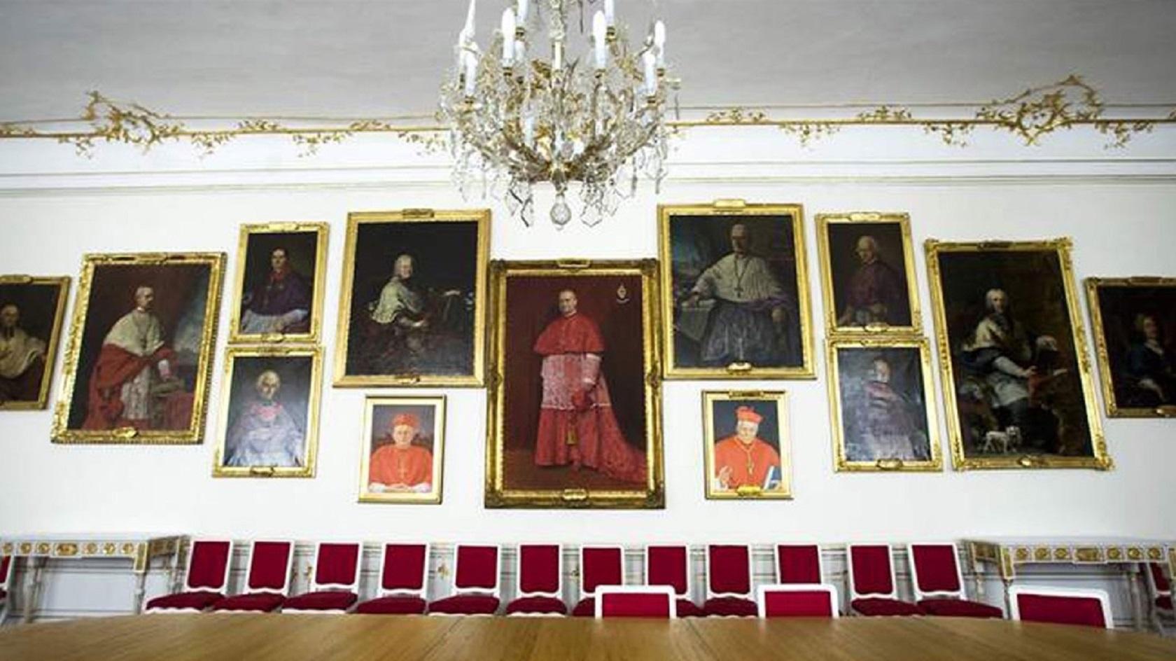 Интерьер Архиепископского дворца