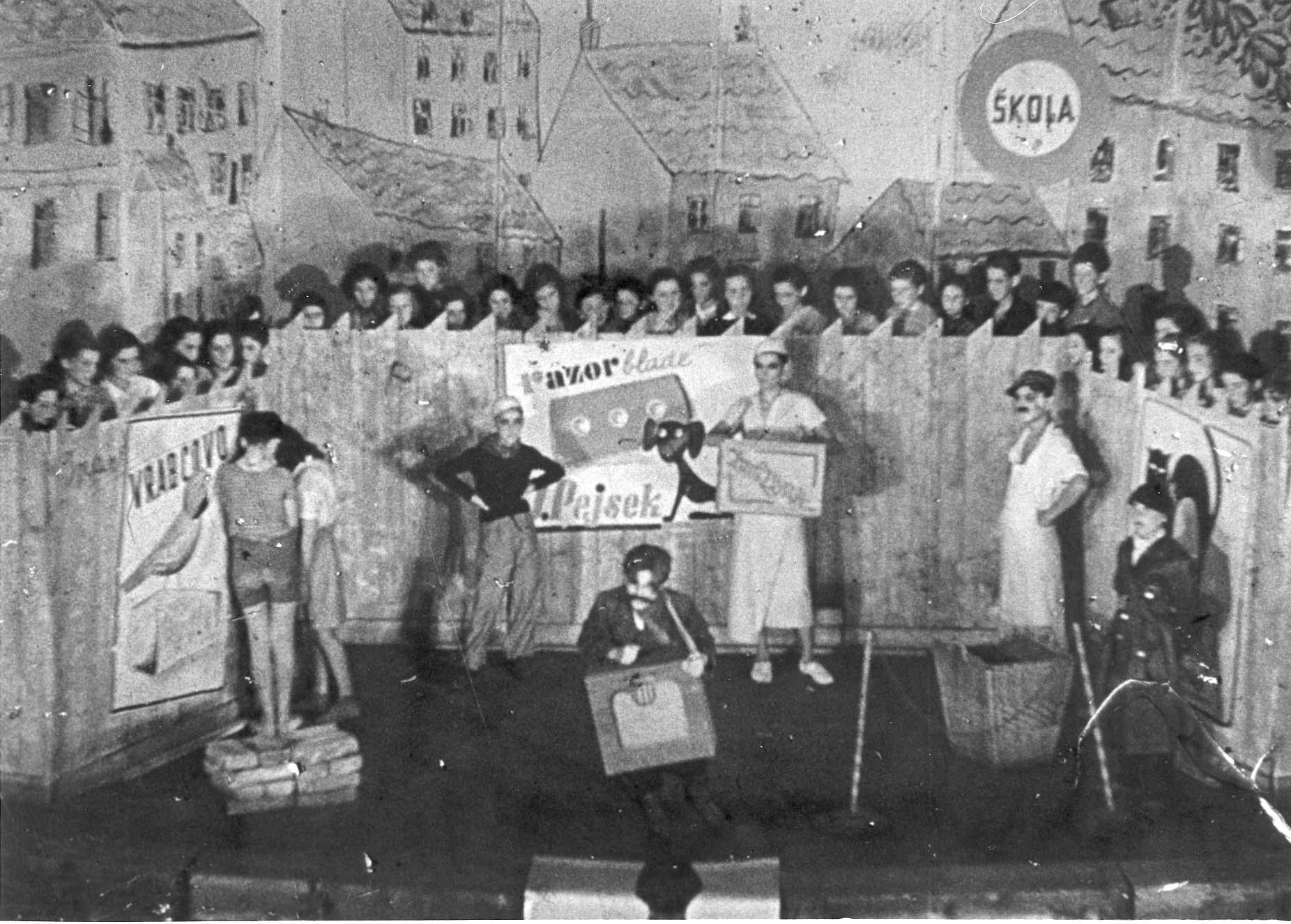Постановка детской оперы в Терезине