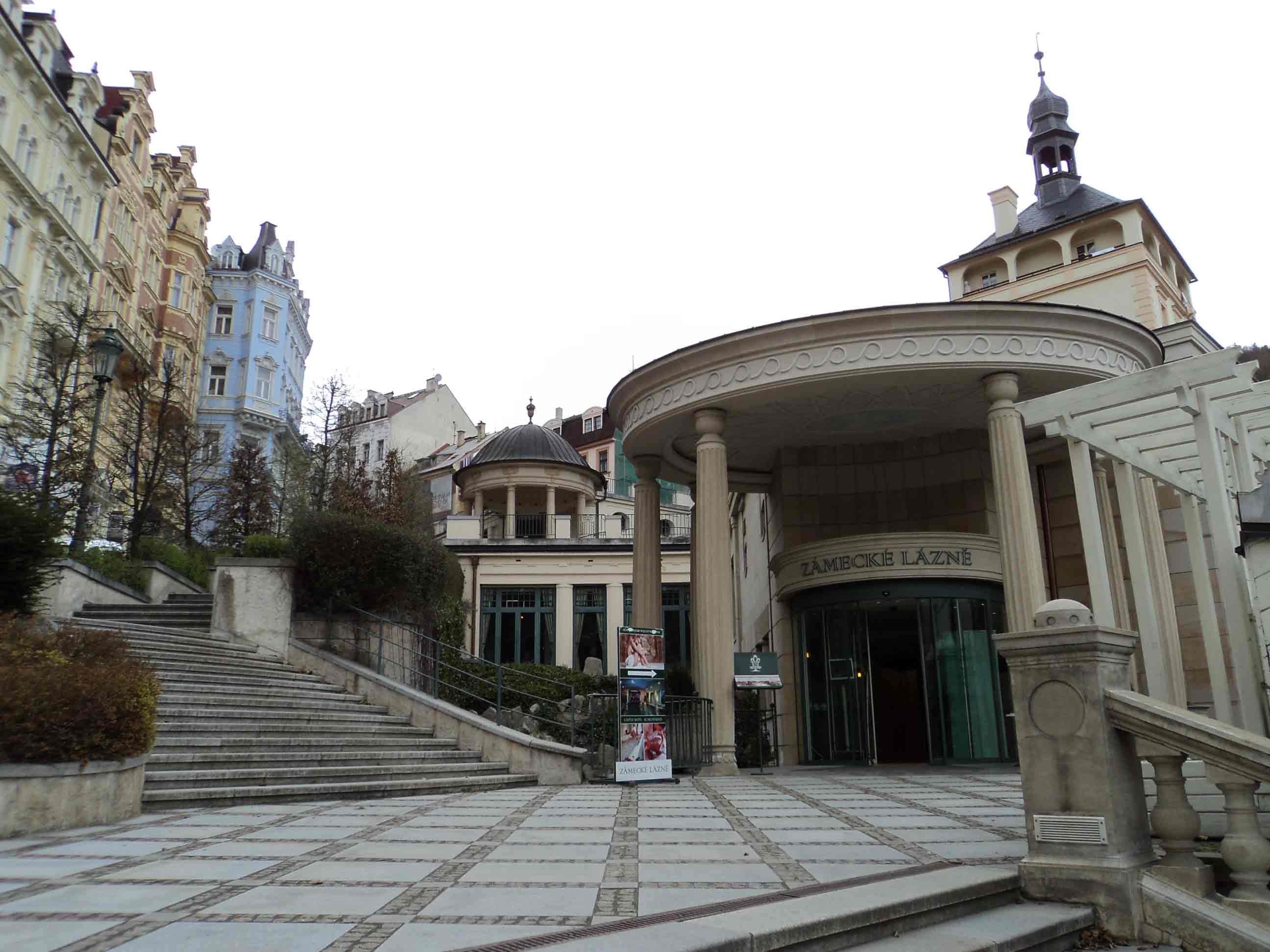 Замковая колоннада