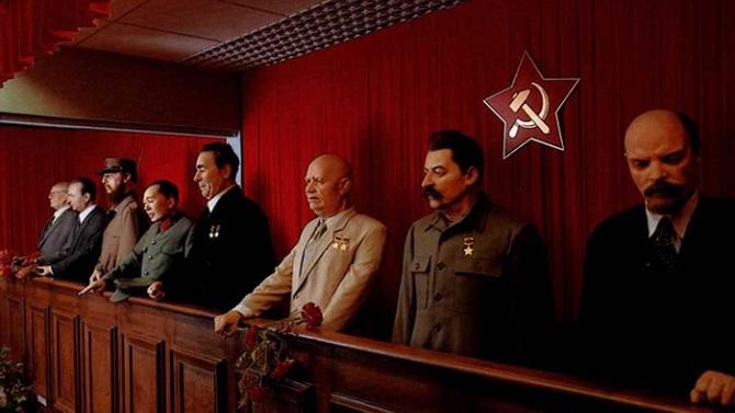 Диктаторы в музее Тюссо