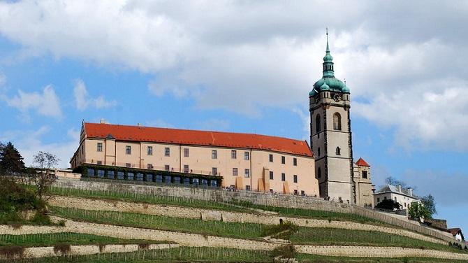 Замок Мельник