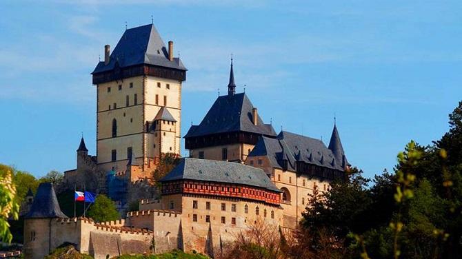 Замки рядом с Прагой